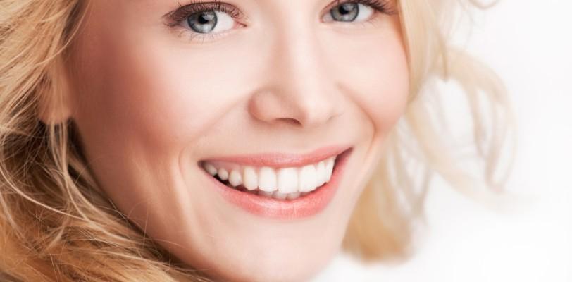Prothèses mammaires lisses Prothèses mammaires texturées